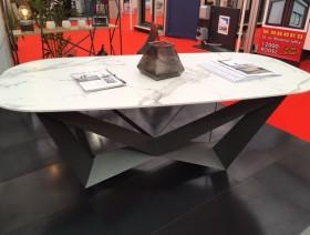 Table acier thermolaqué et dekton